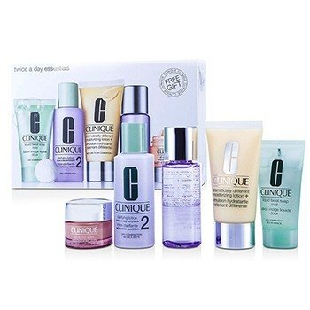 Clinique Kit Exclusivo: DDML Plus 50ml + All About Eyes 15ml + Liquid Soap 30ml + Clarifying Lotion #2 60ml + Makeup Remover 50ml